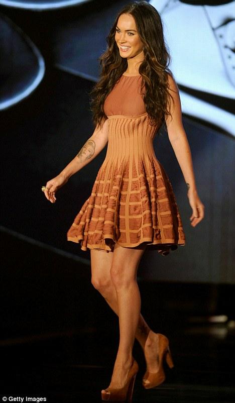 Megan Fox 2010 Red Dress veaharneytrom: megan f...