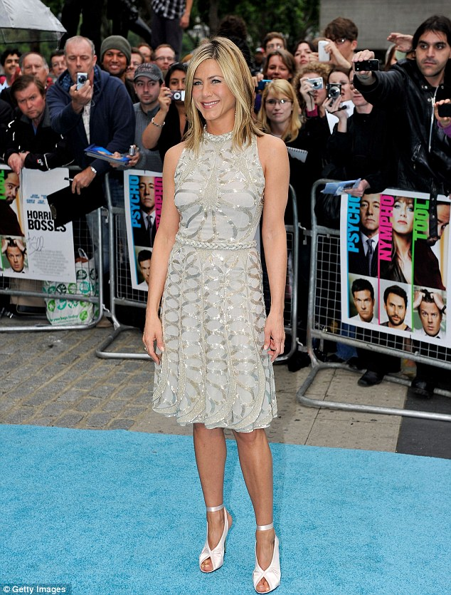 Jennifer Aniston in Valentino Dress at London Horrible Bosses Premiere