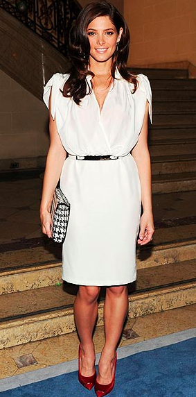 Ashley Greene Make up white dress