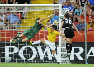 Abby Wambach scores winning goal against Brazil in World Cup semifinal
