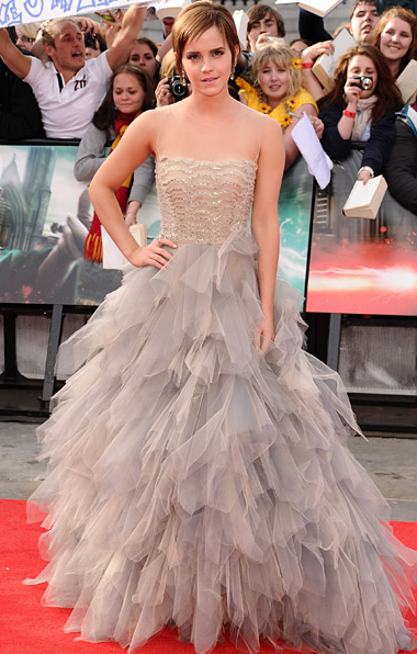 Emma Watson at London Premiere Harry Potter and the Deathly Hallows in Oscar de la Renta
