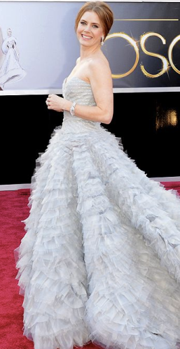 Amy Adams on Oscars 2013 Red Carpet in Oscar de la Renta
