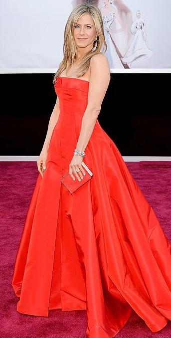 Jennifer Aniston on Oscars 2013 Red Carpet in Valentino