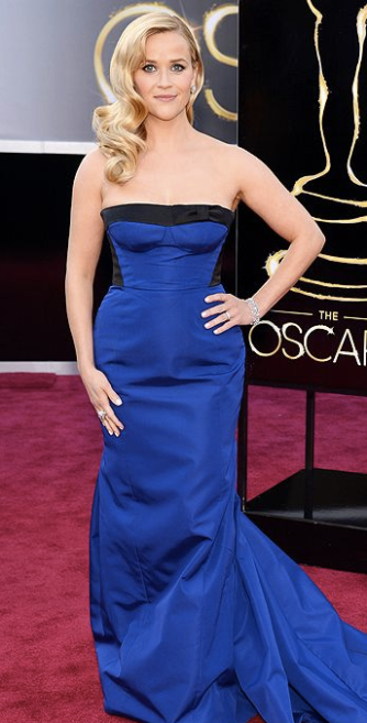 Reese Witherspoon on Oscars 2013 Red Carpet in Louis Vuitton
