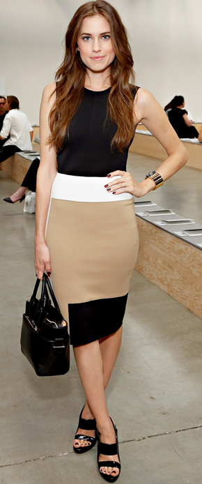 Allison Williams at the Reed Krakoff Fashion Week Spring 2013 Runway Show in Colorblock Dress
